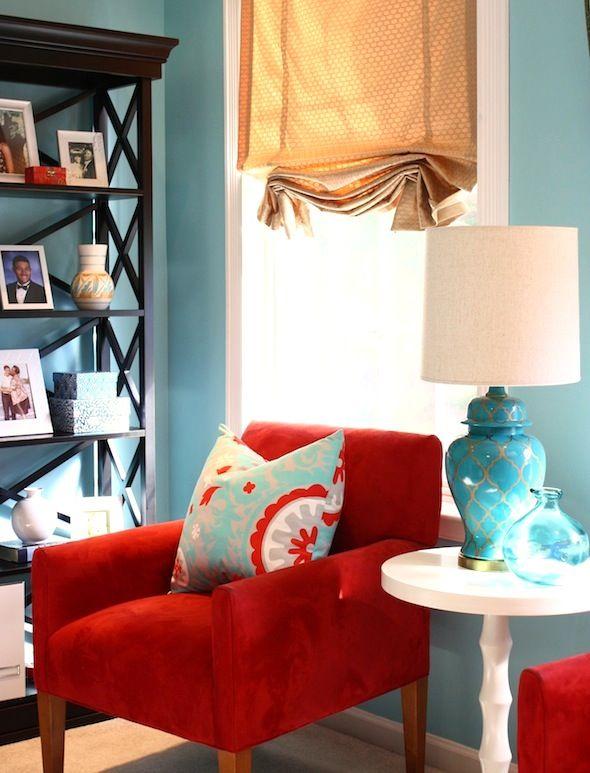 Neka bude crveno hrabra boja za hrabre interijere for Burgundy and turquoise living room