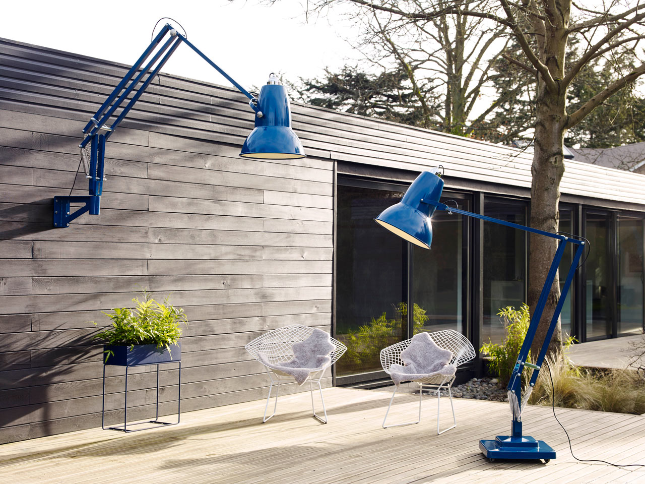 Anglepoise_Original_1227_Giant_Outdoor_Lamp-1